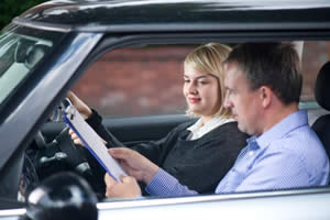 Enrolling in a Driving School: Learning How to Drive Tips ...
