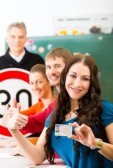 Learn The Factors That Needs To Consider In Looking For A Driving School