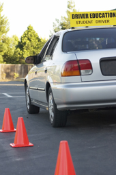 Enroll Your Teen's Into A Right Driving Education