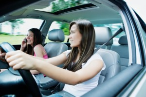 Learn How to Avoid Distraction When Driving
