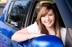 Why A Person Should Enroll in a Driving School